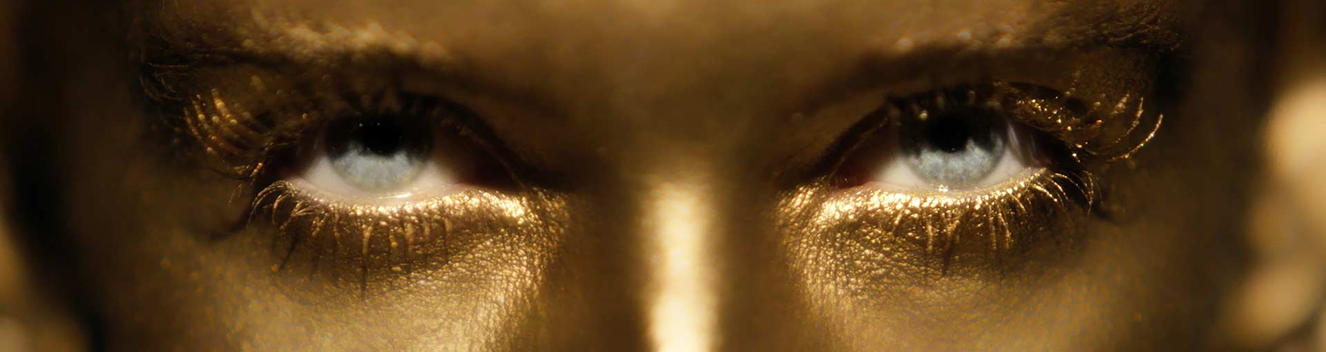 Gold face eyes
